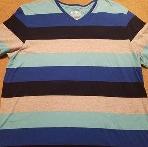 Urban Pipeline XL vneck blue stripe tshirt